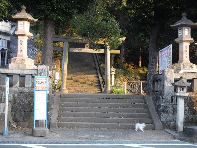 伊豆山神社山門